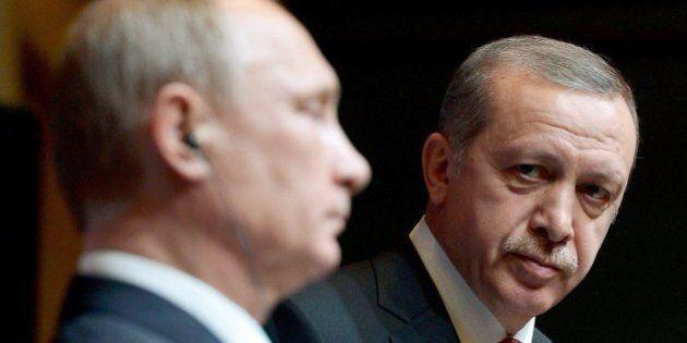 Attentato aeroporto Istanbul. La Turchia sotto attacco riallaccia con Mosca. Un'altra onta agli occhi