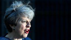Theresa May annuncia il voto anticipato: