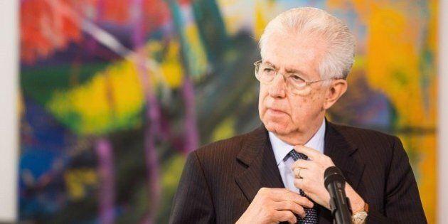 Mario Monti vede un