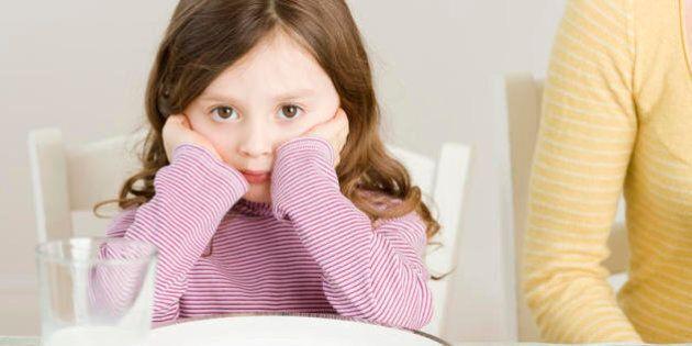 Il galateo per bambini: 9 errori da non fare a tavola (secondo Slow