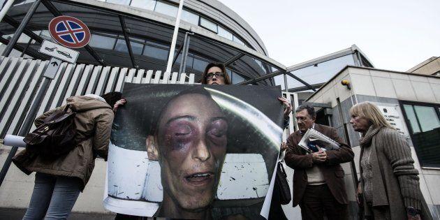 Stefano Cucchi, il procuratore generale della Cassazione chiede di annullare le assoluzioni dei