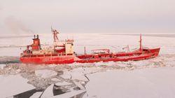 Per la prima volta una petroliera russa ha navigato attraverso l'Artico senza rompighiaccio (e non è del tutto una buona