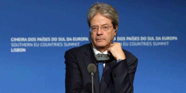 Paolo Gentiloni bacchetta l'Europa su flessibilità e immigrazione. Ma torna a sostenere un'Unione a due