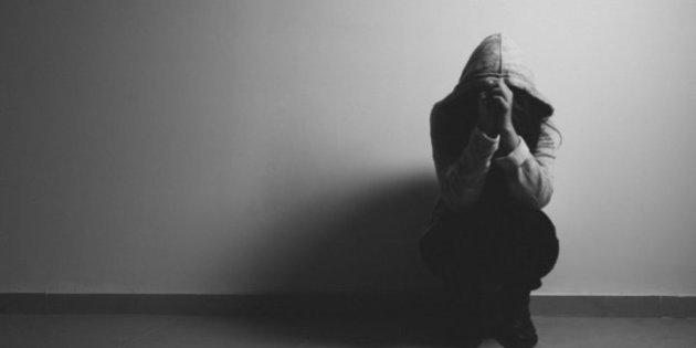 Cose da ricordare quando si esce con qualcuno con la depressione
