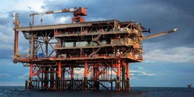 Il Fisco si piega alle major petrolifere: royalty da restituire e rinuncia all'Imu sulle