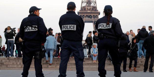 Gli 007 francesi lanciano l'allarme sul voto: