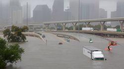 Harvey flagella il Texas, il picco di piogge deve ancora arrivare. Polemiche per mancata evacuazione di