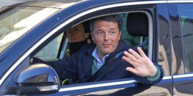Non c'è pace per il Pd neanche a casa Renzi. Il sindaco di Rignano Lorenzini corre da