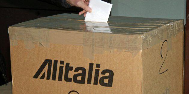 Referendum Alitalia, vince il No con il 67%. Bocciato il preaccordo tra azienda e