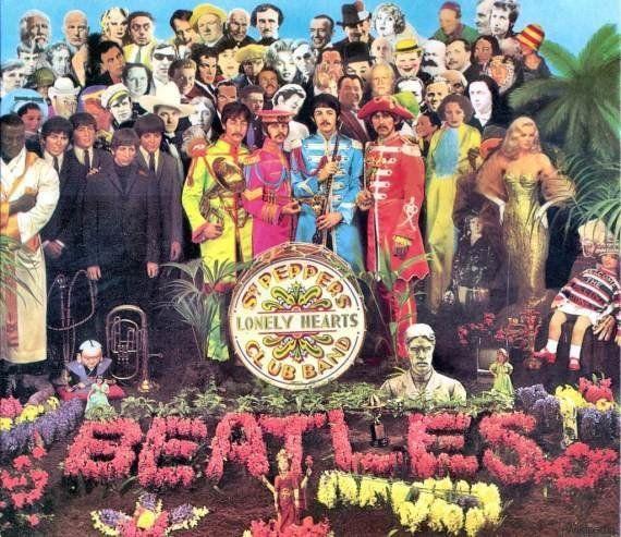 La copertina ridisegnata di Sgt. Pepper per omaggiare le leggende che ci hanno abbandonato nel