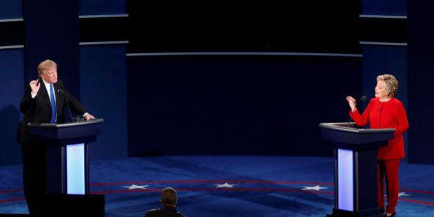 Hillary Clinton e Donald Trump, il primo confronto in tv. Il tycoon incalzato su tasse e trasparenza,...