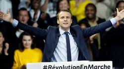 Macron lancia la sua corsa da outsider all'Eliseo: