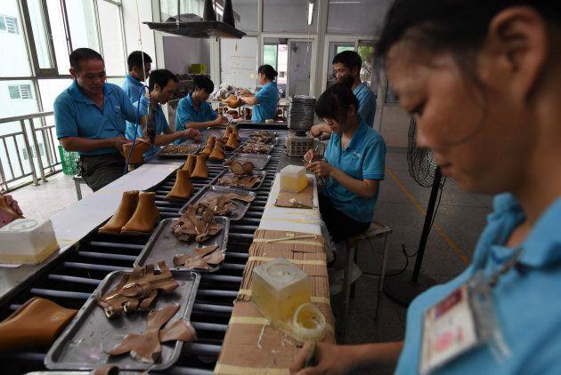 La fabbrica che produce i vestiti firmati Ivanka Trump paga i lavoratori 1 dollaro