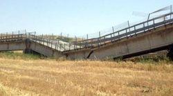Le strade e i ponti che crollano, specchio dell'Italia che