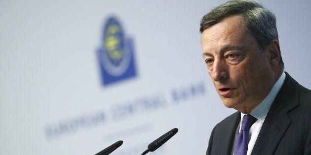 Mario Draghi non cambia formula. Bce lascia i tassi invariati, il Qe avanti anche oltre il 2017 se