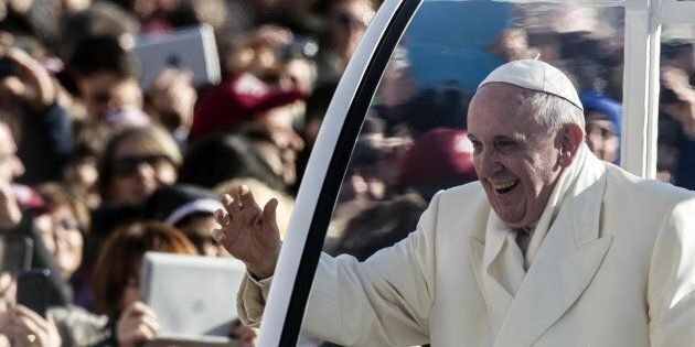 Il Papa in Egitto, una sfida di pace a chi vuole lo scontro