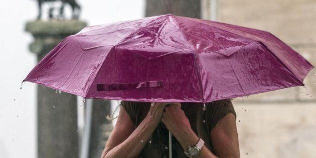 A Roma torna la pioggia dopo tre mesi. Ed è subito un disagio dietro
