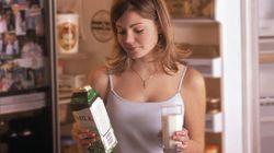 Conservate di norma il cartone del latte nello sportello del frigorifero? Avete sempre