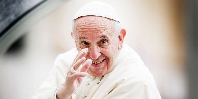 In viaggio con Francesco - Misure di sicurezza imponenti al Cairo, ma i cristiani attendono il Papa con