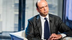 M5s, Lega e Sinistra italiana chiedono le dimissioni di