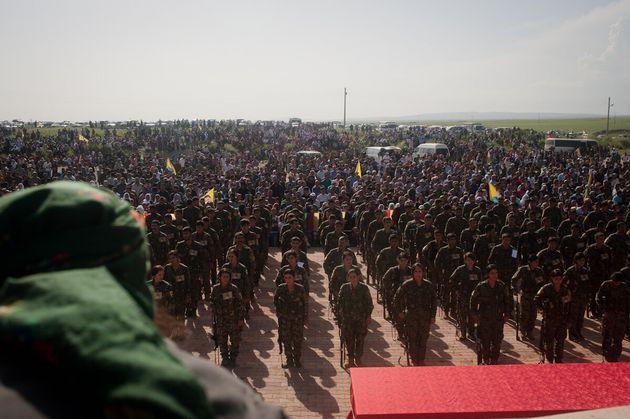 A Derek, nel Kurdistan siriano bombardato da Erdogan, dove un intero popolo è in
