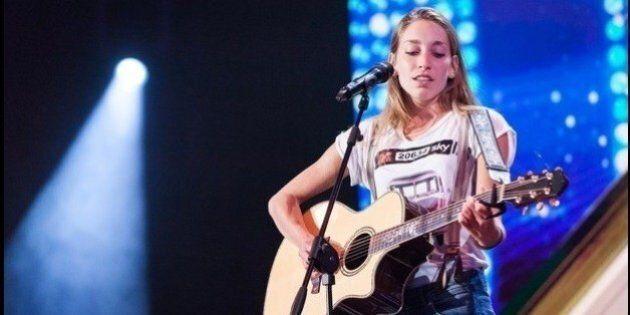 X Factor 2016, terza puntata: Caterina e Mariam contro anoressia e discriminazione. Sul palco le nipoti...