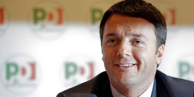 I dati definitivi delle primarie: Renzi 70%, Orlando 19,5%, Emiliano
