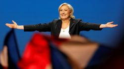 Il popolo di Marine Le Pen sul palco del 1 maggio:
