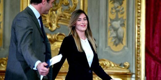 Maria Elena Boschi: anche se non deve giurare al Quirinale in mezzo ai parenti dei neo