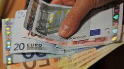 Impiegato di Mantova trova 33mila euro in un portafoglio e li