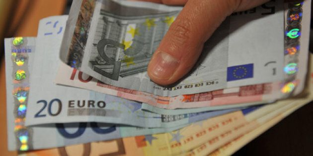 Trova 33mila euro in un portafoglio, ecco quello che ha