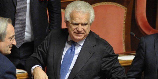 Senato, Denis Verdini non vota la fiducia al Governo Gentiloni: come cambia la maggioranza al Senato...