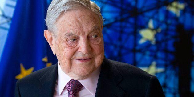 Che ci fa Soros a Palazzo Chigi da Gentiloni? Giallo intorno alla visita del miliardario che aiuta i