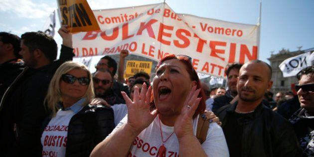 Gli ambulanti tornano in piazza contro la direttiva Bolkestein. Mozione Pd al Governo: