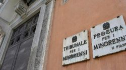 No all'abolizione del Tribunale per i
