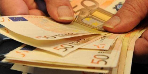Banche, i clienti italiani i più tartassati d'Europa. Lo studio della