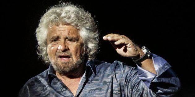 Grillo difende Raggi e Mazzillo: