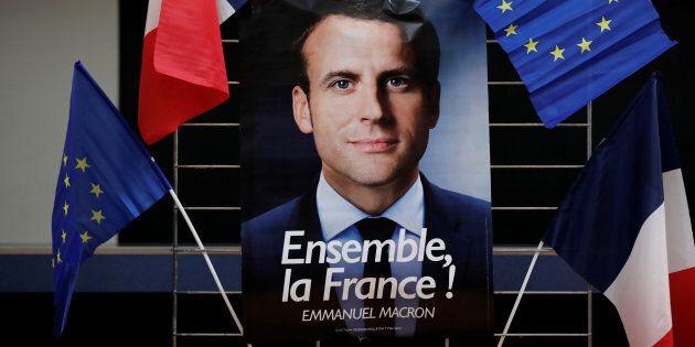 La popolarità online di Macron cresce più di quella di Le
