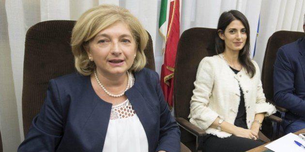 L'assessore all'Ambiente di Roma Paola Muraro denuncia Matteo Renzi: