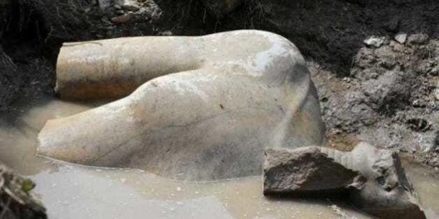 La statua gigante non è di Ramses II. Per il ministro delle Antichità egiziane, potrebbe essere faraone