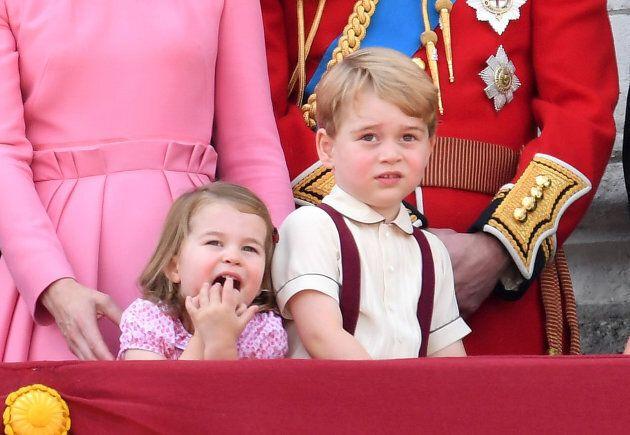 Gli psicologi spiegano perché William si inginocchia per parlare con George (e tutti i genitori dovrebbero...