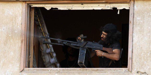 Alleanza con le milizie libiche. Cosa c'è dietro il calo dei migranti che arrivano sulle nostre