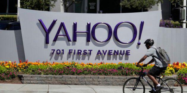 Attacco hacker a Yahoo. Violati oltre un miliardo di account. Tra le vittime anche impiegati della Casa...