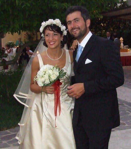 Dal vino fatto in casa all'album di foto online, i consigli per un matrimonio low cost (come il