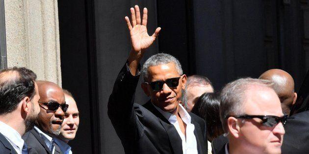 Barack Obama a Milano, accoglienza trionfale per lo sconfitto
