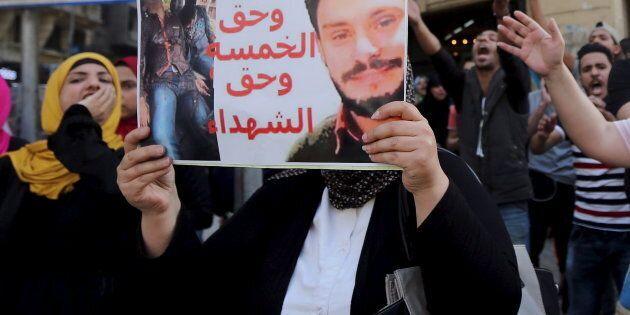 Scomparso legale egiziano della famiglia Regeni. Domani Gentiloni al