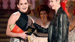 Perché Emma Watson e Millie Bobby Brown hanno fatto la storia ieri notte agli Mtv Movie