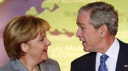 Se pensate che Obama sia stato affettuoso con la Merkel, non ricordate che Bush superò ogni