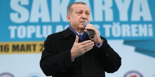 Erdogan accusa di nuovo la Merkel: