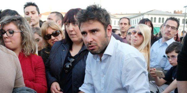 Alessandro Di Battista sta con Beppe Grillo nel caso Genova: